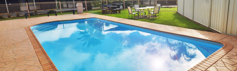 Relax by the saltwater swimming pool at Parkview Motor Inn