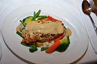 Satellite Restaurant offers a la Carte dining in the evenings with a stunning Australian Cuisine.